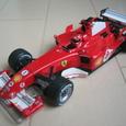 ミニッツ フェラーリF2005